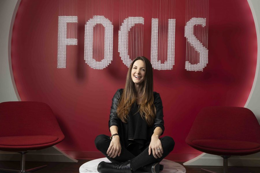 089: Kat Cole, President & COO of FOCUS Brands, on Growing Cinnabon and Leading in Crisis